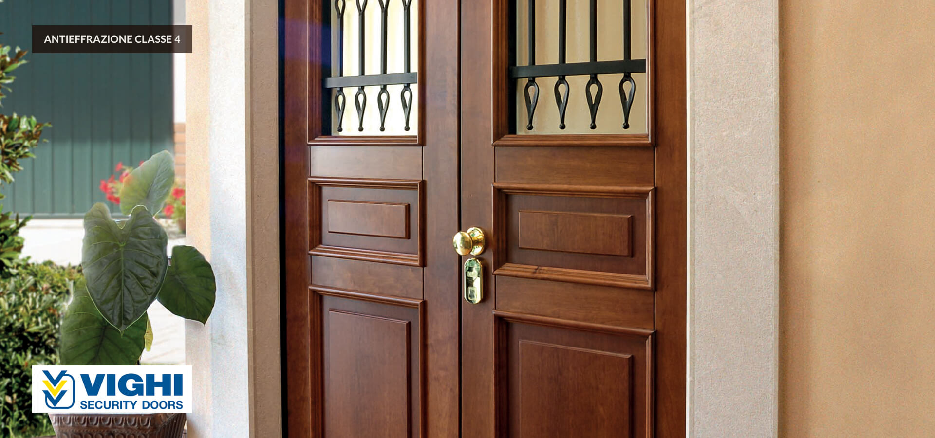 Vghi armored door with crescent-shape glass